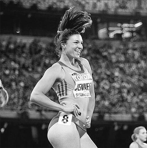 Австралийская бегунья Мишель Дженнеке фото - танец
